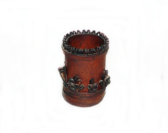 Vintage leather dice cup, Vintage dice game, Workshop organizer, Office decor, Vintage handmade leather dice cup, Pencil cup