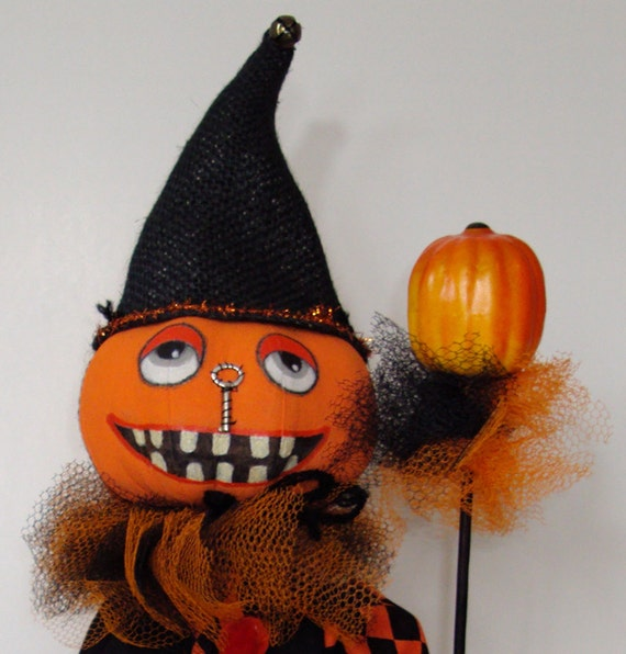Folk art pumpkin clown doll by sameastheyneverwere on etsy for Clown pumpkin painting