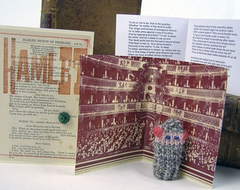 Hamlet. Shakespeare gift.  Do It Thyself Shakespeare!  Hamlet gift box with knitted actor, folded stage & speech.