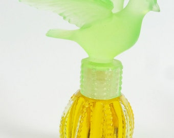 Vintage Delagar Royal Dove Perfume Green Dove Canada 1980s Full
