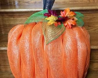 Fall Mesh Pumpkin Wreath