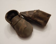 Leather Frillless Camo Baby/ Toddler  Moccasin