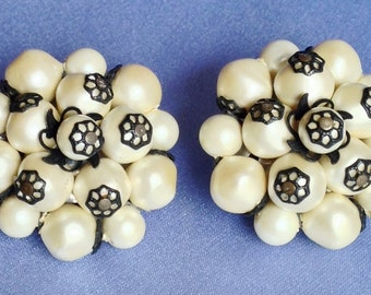 Signed LAGUNA Pearl & Black VINTAGE Earrings