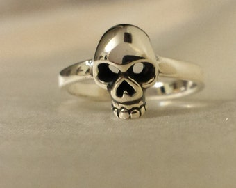 Adjustable Sterling Silver Skull Toe Ring - Toe Ring or knuckle ring