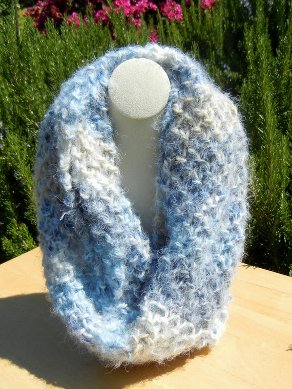 Items similar to Blue Hand Knit Infinity Scarf, Blue and Cream Scarf, Seed St...