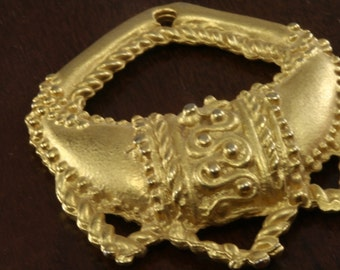1 pc Gold plated Brass Pendant 40x35 mm 153