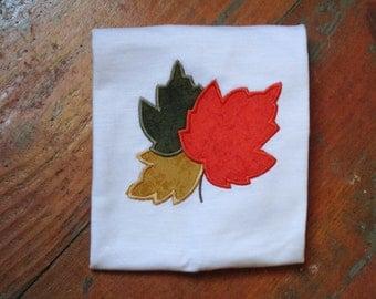 3 Leaves Appliqued T-shirt