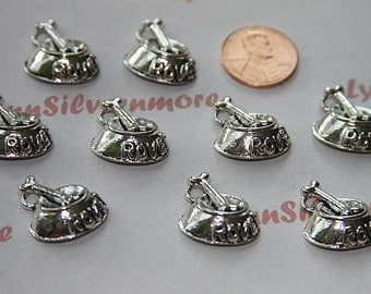 20 pcs - 20 x 17 mm Dog Bowl Charm antique silver lead free pewter