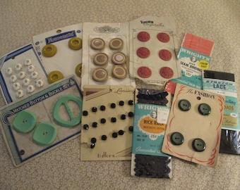 Set of Vintage Sewing Items
