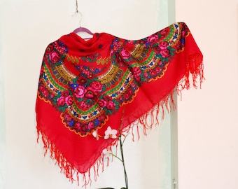 Vintage Ukrainian shawl, Russian shawl, cotton blend shawl, red green shawl, Floral folk Shawl ,shawl With Tassels, Babushka Russian