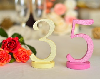 Gold numbers. Table numbers. Silver Numbers. Glittered numbers. Wooden numbers. Table numbers DIY. Table numbers glitter. Numbers gold.