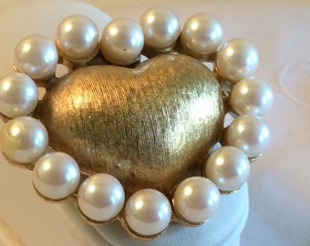 Beautiful Goldtone Puffy Heart Brooch Surrounded by White Beads