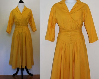Vintage 1980s Yellow/Gold Pleated Dress