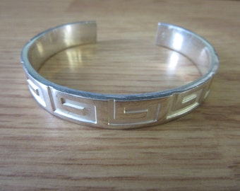 Authentic GUCCI Cuff Sterling Silver Bracelet