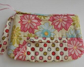 Wrist-let Bag Purse Change Purse Cosmetic Case Handmade Pink Blue Ivory