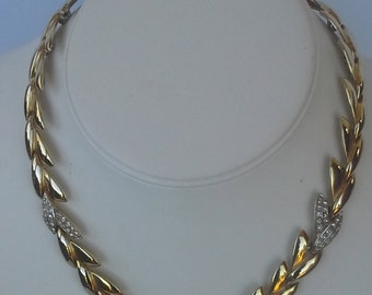Vintage trifari  choker necklace leaf design gold tone and rhinestones