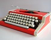 Vintage 1970s Red OLYMPIA Traveller de Luxe Typewriter - working - DESIGN - portable - QWERTY