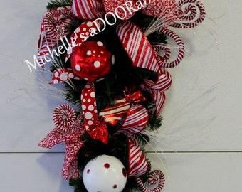 ON SALE! Christmas Wreath, Christmas Swag, Candy Cane Christmas Wreath, Candy Cane Teardrop Swag