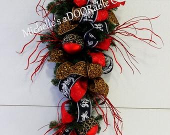 ON SALE! Christmas Wreath, Christmas Swag, Leopard Christmas Wreath, Red Leopard Christmas Teardrop Swag