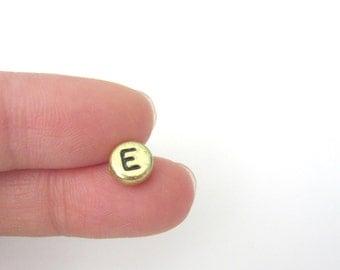 "50pcs Flat Round Alphabet Letter ""E"" Acrylic Spacer Beads Gold Tone"