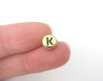 "50pcs Flat Round Alphabet /Letter ""K"" Acrylic Spacer Beads Gold Tone"
