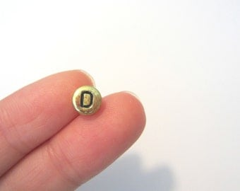 "50pcs Flat Round Alphabet /Letter ""D"" Acrylic Spacer Beads, Gold Tone"