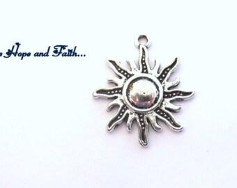5 charms SUN