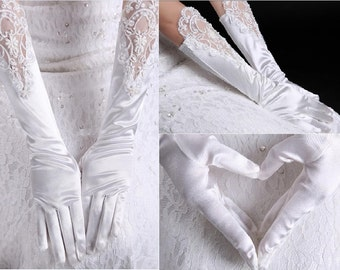 Bridal Gloves, White Lace Pearl Floral Bridal Fashion Gloves, Wedding Gloves, Wedding Accessory BG0008P