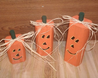 Halloween,Halloween decorations-Halloween decor-wooden pumpkin trio-Rustic  pumpkin-Rustic Halloween- Fall Decoration