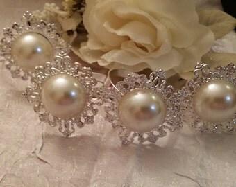 Wedding Favor, Wedding Accessories, Wedding Napkin Ring Pearl Center Rhinestone, Silver Brooch Napkin Ring, Rhinestone Wedding Decorations