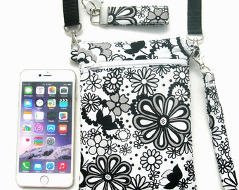 Shoulder purse. Crossbody purse.  Crossbody bag. IPhone 6 bag. Phone purse. IPhone 6 plus purse. Small shoulder bag. Passport purse