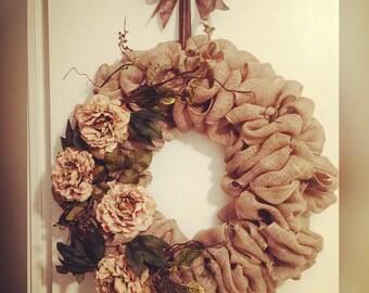 Neutral Flower Wreath