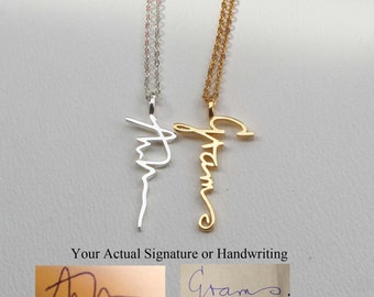 Actual Personalized Necklace  - Handwriting Jewelry - Custom Necklace - Engagement Necklaces - Vertical Pendant