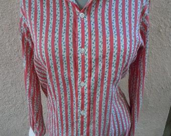 Size Women's Large -- Wonderful 1950s Textured Blouse