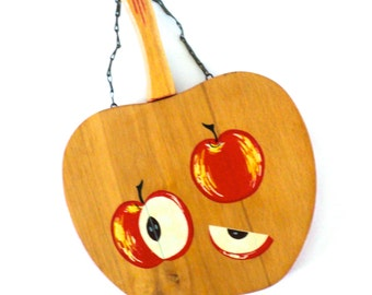 Unique Retro Apple Shaped Hanging Cutting Board
