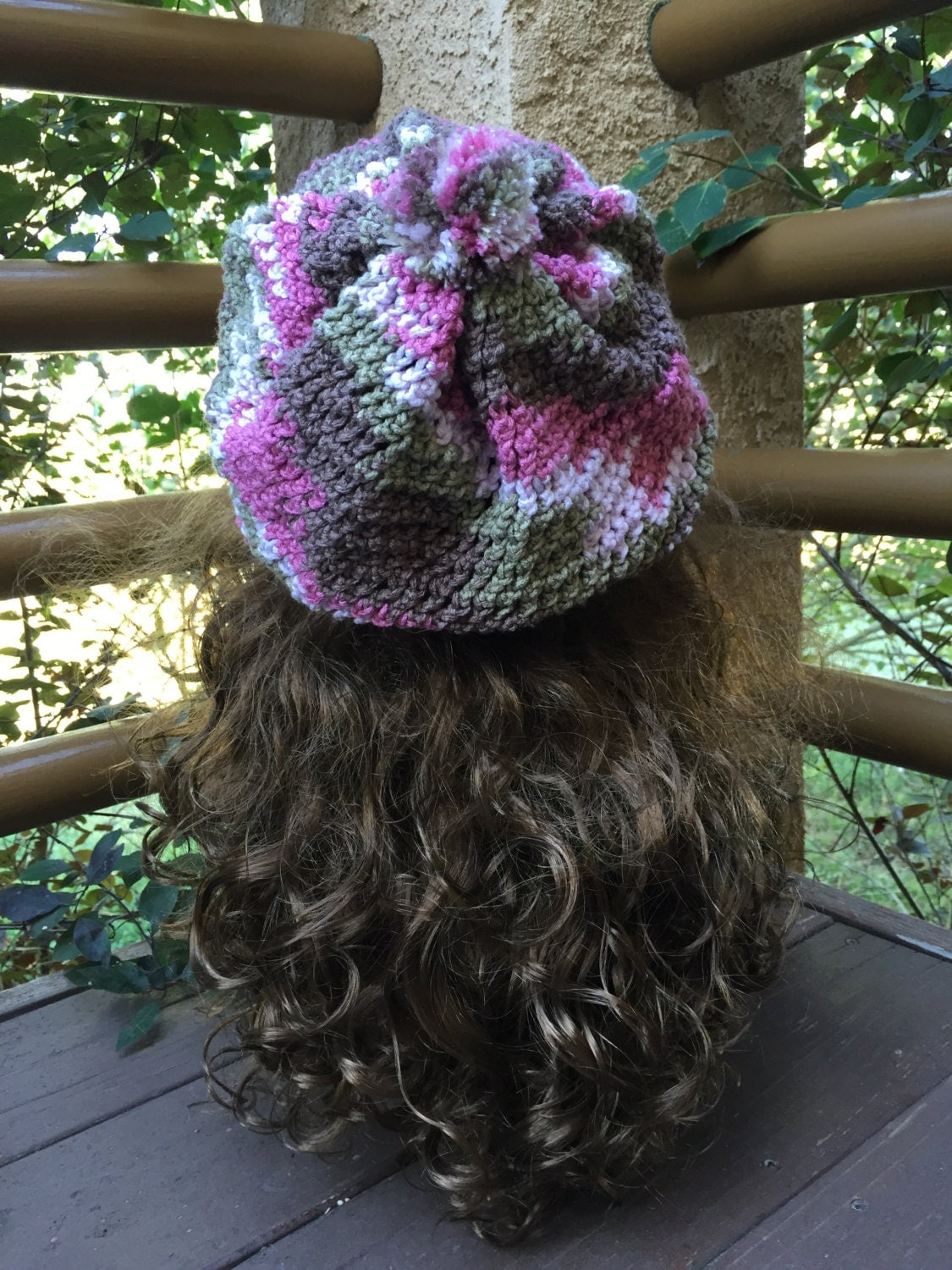 Easy Loom Knitting Hat Patterns : Easy Slouchy Hat -- a loom knit pattern