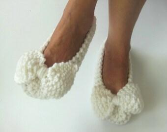 WHITE Women's Slippers - Non-slip Slippers - Chunky slippers - Wedding Dance flats - Home shoes - Knit slippers - Home Flats - NENAKNIT