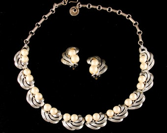 Lisner Pearls and Silver Tone Swirls Necklace & Earrings Set