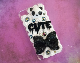 Kawaii Decoden Case for iPod Touch 5 - Black and White Whipped Cream Case