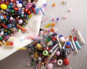 Tiny Colorful Glass Seed and Bugle Bead Lot 30gms, Bead Soup - Recycle - B-09MCFS-138