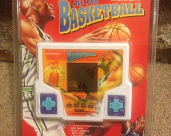 Vintage Tiger All-Pro Basketball Electronic LCD Hand held Game - NEW in PACKAGE