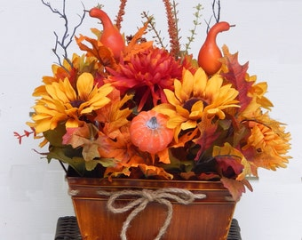 Thanksgiving Floral Arrangement, Outdoor Decor, Kitchen Arrangement, Black-Eyed Susans, Autumn Leaves, Gourds