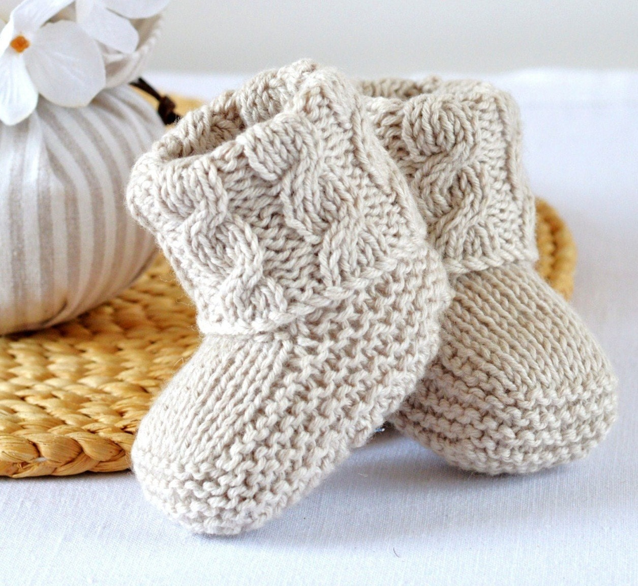 Knitting Baby Booties Patterns : Knitting pattern baby booties cable aran shoes quick and