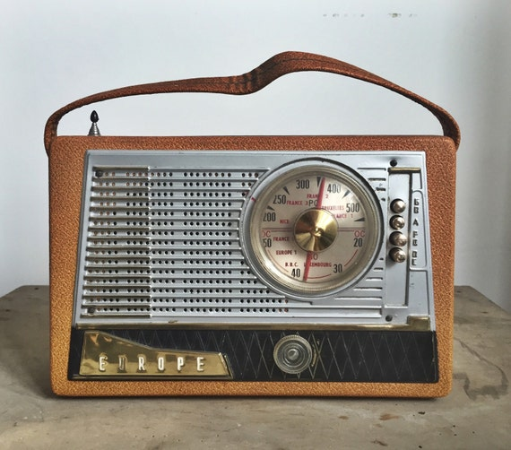 Radio, vintage radio, antique radio, French vintage radio, European radio, French antique radio