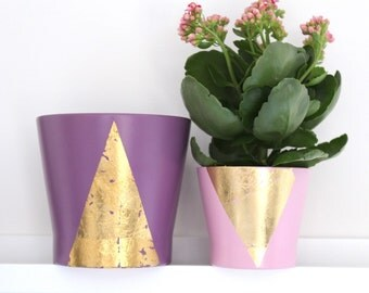 Gorgeous light pink plant pot with gold leaf abstract design