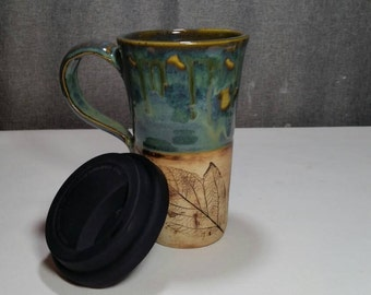 IN STOCK** Stoneware Travel mug / Commuter mug with silicone lid - Olive Blue /Leafs