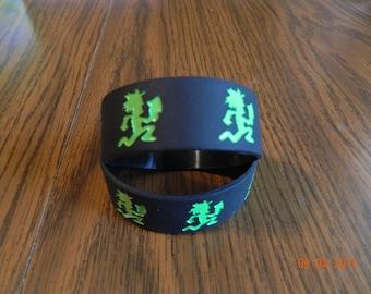 New-  INSANE CLOWN POSSE Hatchetman rubber wristbands (2-piece set) balck/green