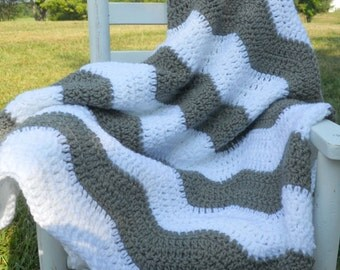 Baby Blanket, Baby Afghan, Grey & White, Ripple Style, Baby Shower gift