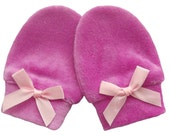 Bamboo / Organic Cotton Velour Newborn Baby Anti Scratch Mittens Gloves, Color Raspberry + Pink Bow, 0-3 Months