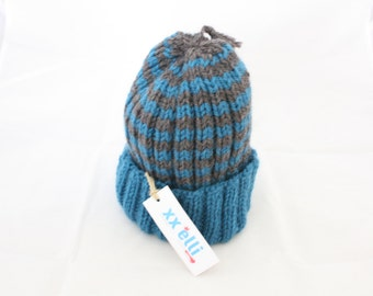 Child hat in pure Virgin wool